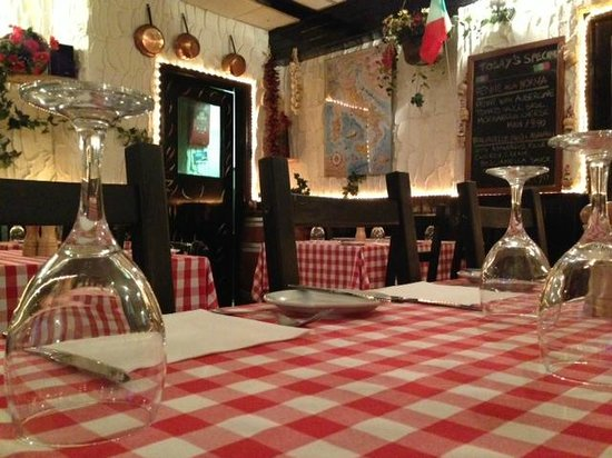 Piccola Venezia - The Top 10 Italian Restaurants in Lincolnshire - The Yellow Belly