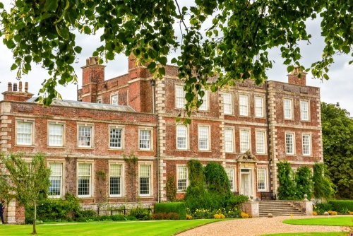 Gunby Hall - 10 of the Best Wedding Venues in Lincolnshire - The Yellow Belly
